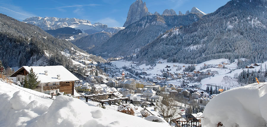 Italy_The-Dolomites-Ski-Area_Resort-view-Selva.jpg